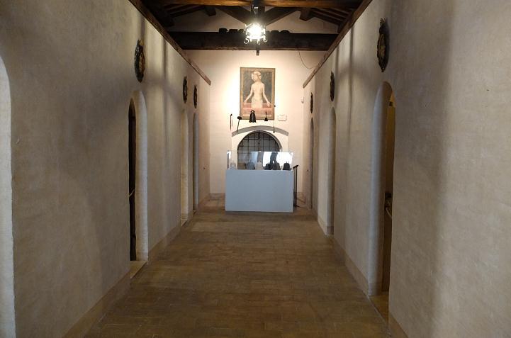 LUCIANO TITTARELLI - ANNI 10 - MOSTRA AL CONVENTINO DI SANTA MARIA DEGLI ANGELI- ISTALLAZIONE 2015 (8)