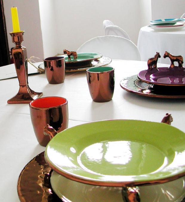 Luciano Tittarelli - Anni 00 - in-mensa-tavola-dartista-1-ceramiche-bizzirri-2006