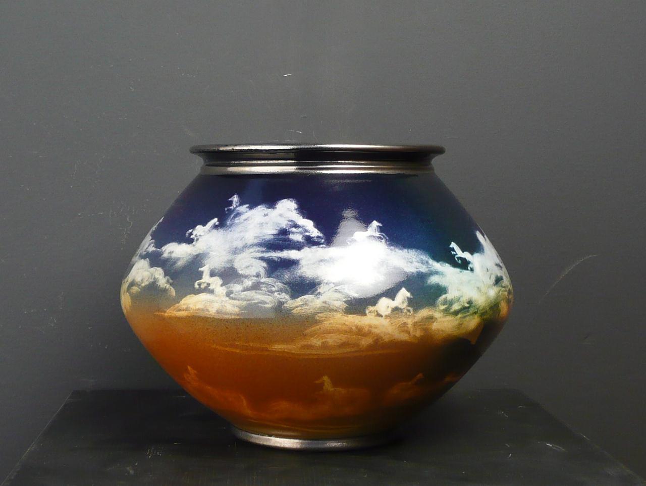 Luciano Tittarelli - vaso di maiolica h.cm30ca, 2001